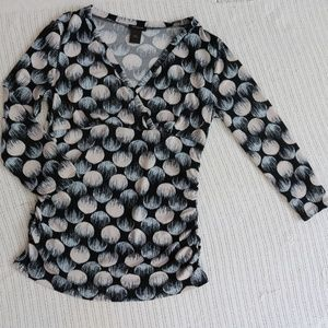 Ann Taylor 3/4 Sleeve Fitted V-neck Blouse S